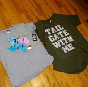 2 POPULAR SPORTS GRAPHIC TEES- Woman 3X(NEW)